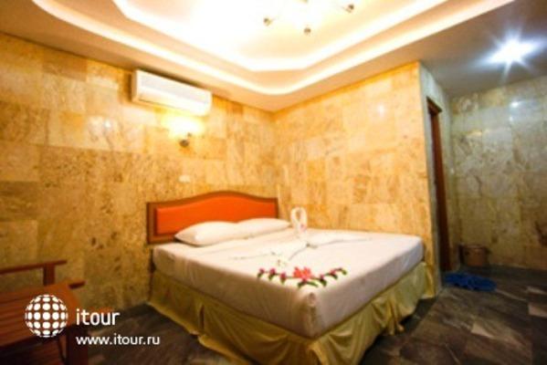 Phi Phi Don Chukit Resort 9