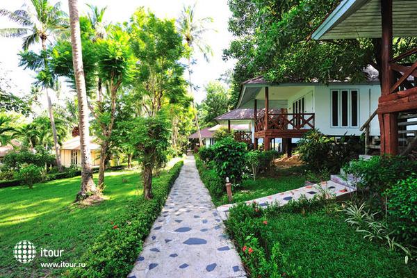 Koh Ngai Resort 7