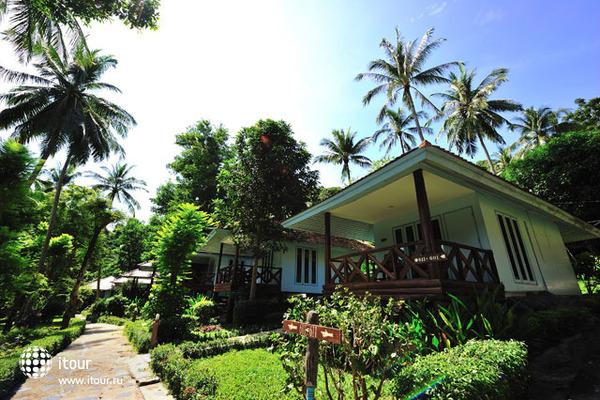 Koh Ngai Resort 10