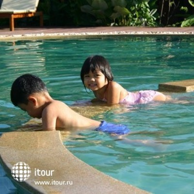 Chaw Ka Cher Tropicana Lanta Resort 4