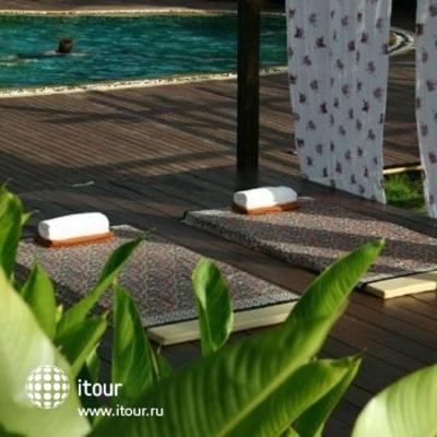 Chaw Ka Cher Tropicana Lanta Resort 5