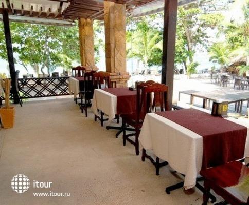 Lanta Sand Resort & Spa 8