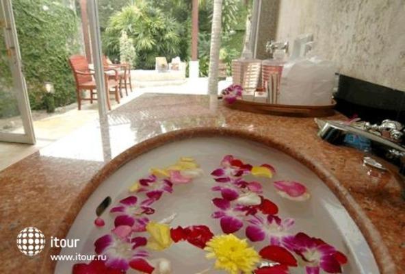 Lanta Sand Resort & Spa 10