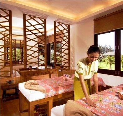 Layana Resort And Spa 9