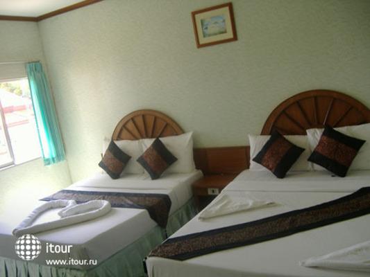 Andaman Beach Resort Phi Phi 3