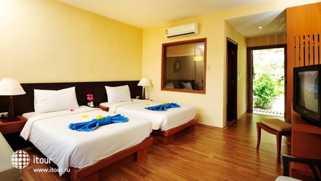 Phi Phi Arboreal Resort 8