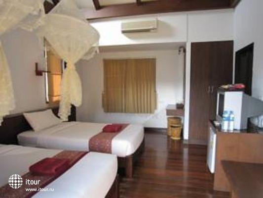 Phitharom Phi Phi Resort 4