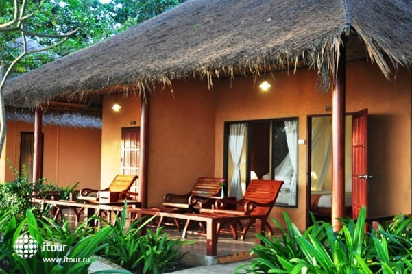 Twin Bay Resort 1