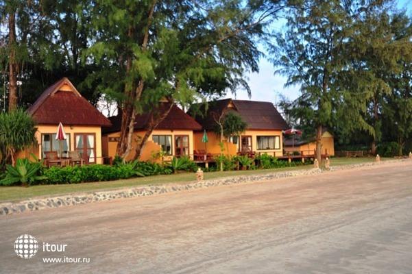 Twin Bay Resort 7