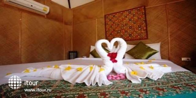 Mayalay Beach Resort 4