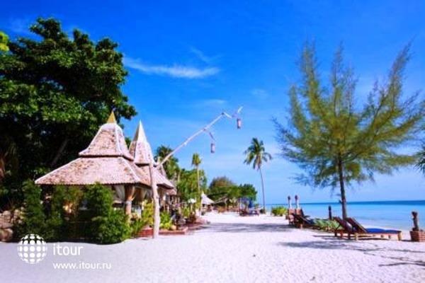 Mayalay Beach Resort 5