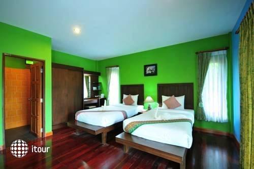 Fineday Resort 9