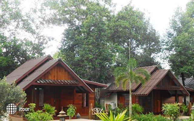Orange Tree House 9