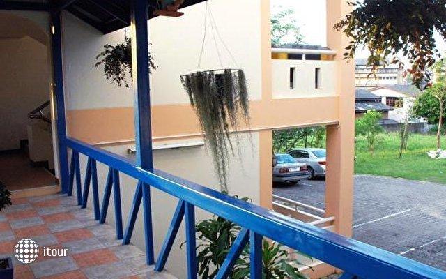 A Mansion Hotel 4