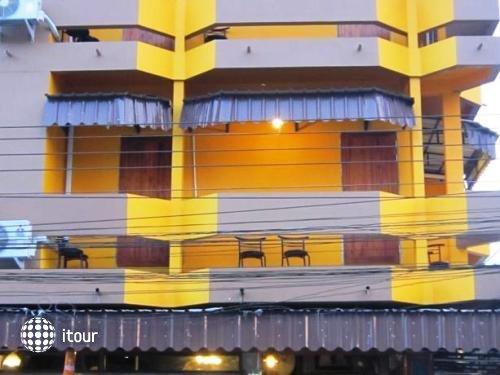Hometel Hotel 1