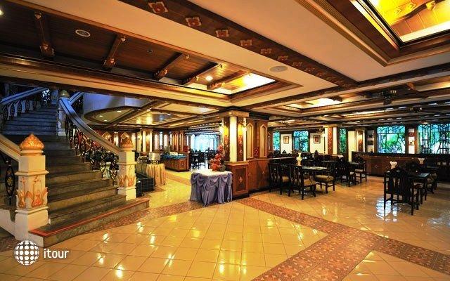 Aonang Ayodhaya Beach Resort 8