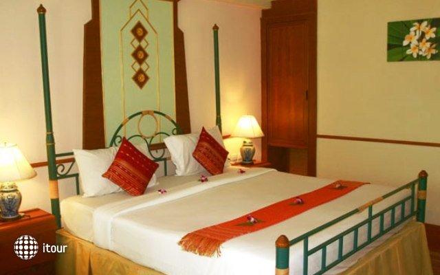 Aonang Ayodhaya Beach Resort 9