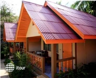 Nong Eed Bungalows & Guesthouse 2