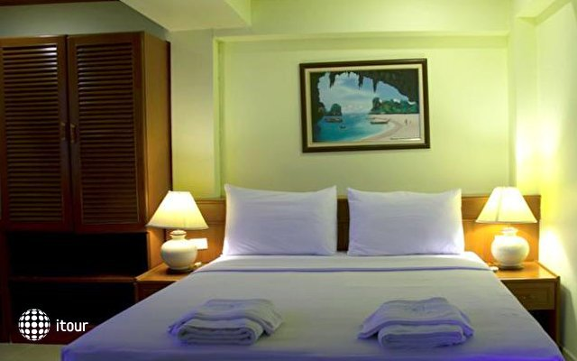 Krabi City Seaview Hotel 3