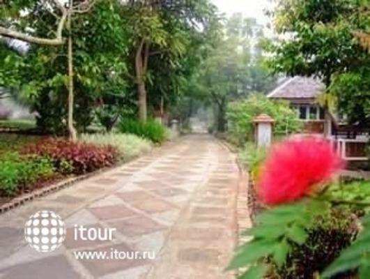 Mohn Mye Horm Resort & Spa 8