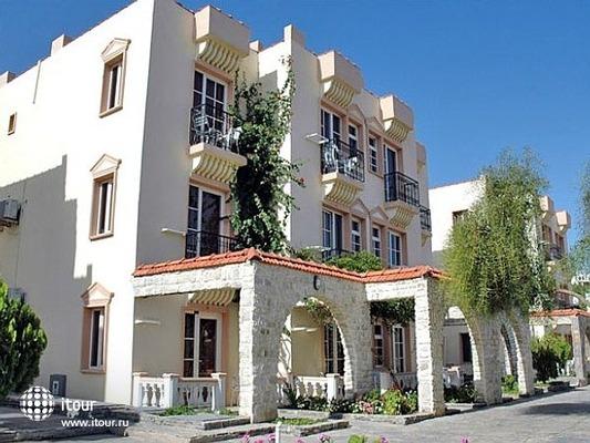 Palm Garden Hotel 1