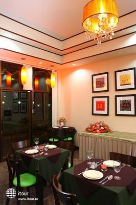 Palm Garden Hotel 10