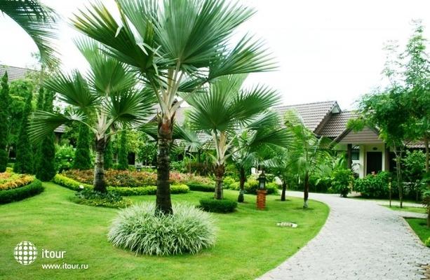 Laluna Hotel & Resort 6