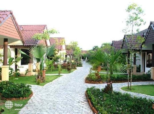 Laluna Hotel & Resort 1