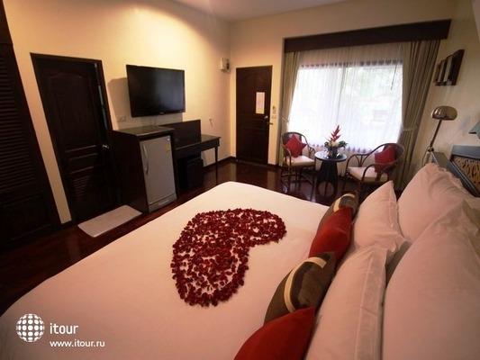 Laluna Hotel & Resort 3