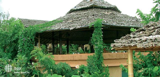 Phu Chaisai Mountain Resort & Spa 1