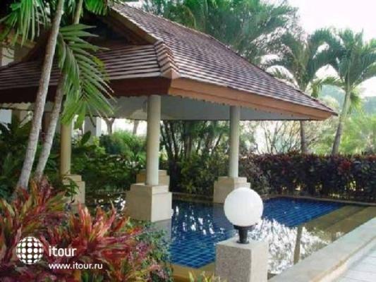 River House Resort & Spa 7
