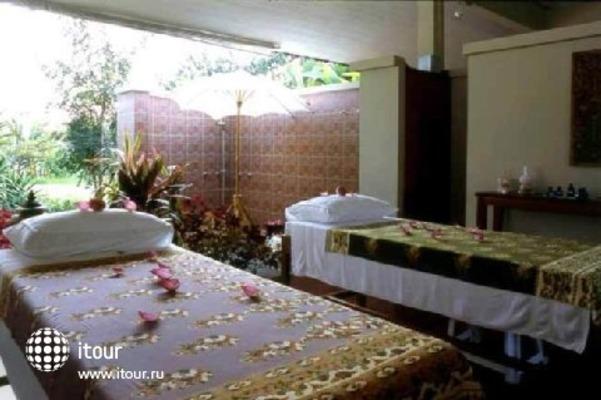 River House Resort & Spa 9