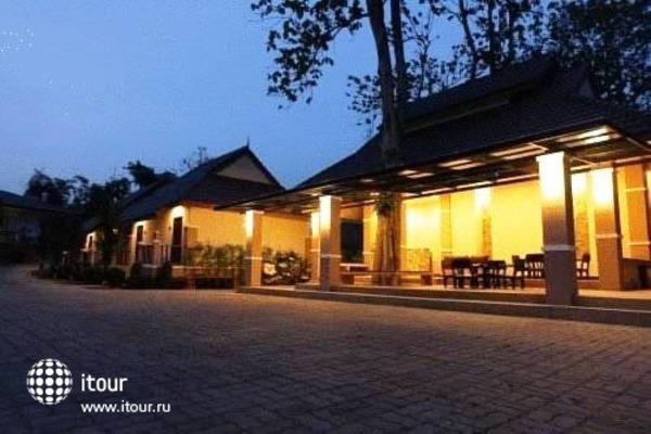 Chiangkhong Teak Garden 4