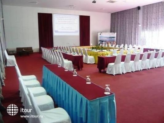 Siam Triangle Hotel 4