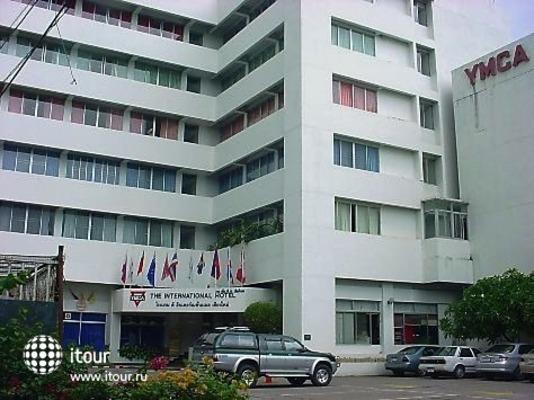 International Hotel 1