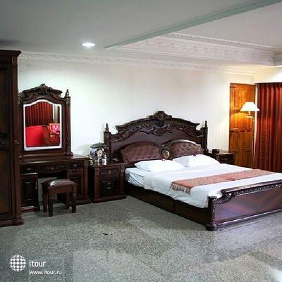 Chateau Chiangmai Hotel 4