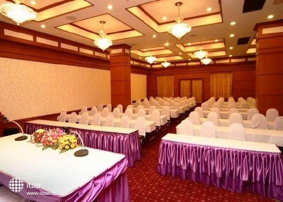 Chiangmai Ratanakosin Hotel 7