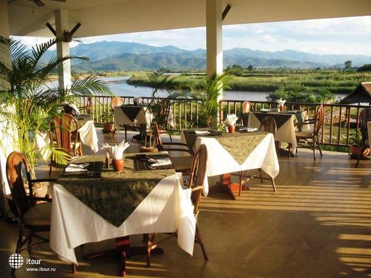 The Maekok River Village Resort 9