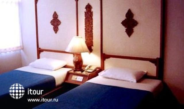 Prince Hotel 3