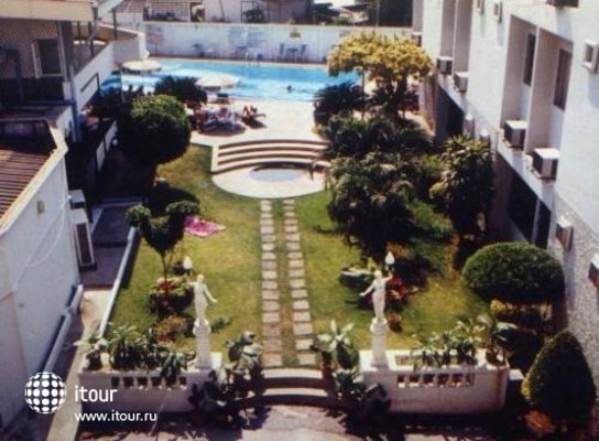 Prince Hotel 1