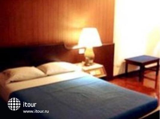 Prince Hotel 7