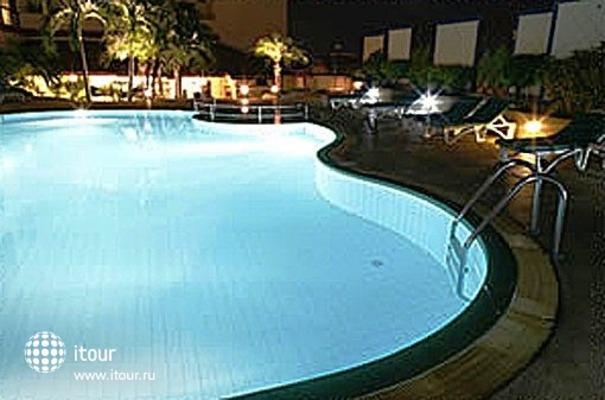 Amora Hotel Chiang Mai 9