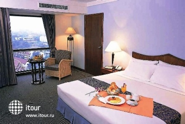 Amora Hotel Chiang Mai 2