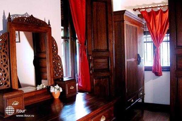 Tri Yaan Na Ros Colonial House 6