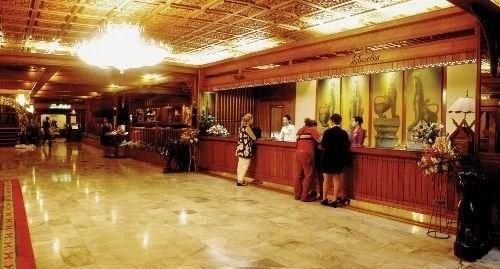 Suriwongse Hotel 7
