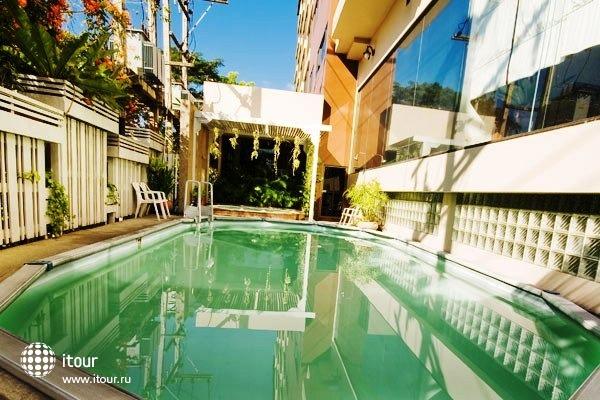 Tarin Hotel 2