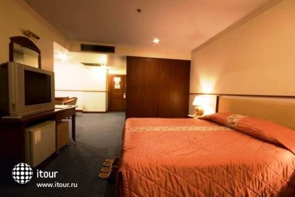 Tarin Hotel 3