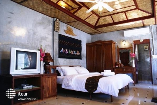 Buri Gallery House & Resort 3