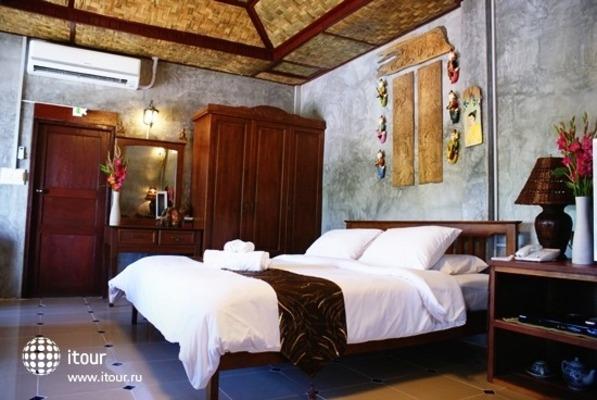 Buri Gallery House & Resort 6