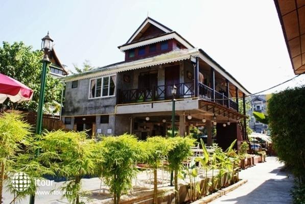 Buri Gallery House & Resort 1